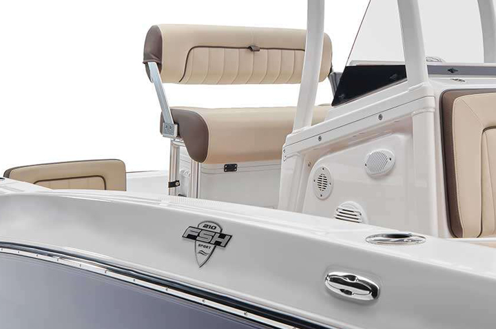 3D-badge-Yamaha-on-boat